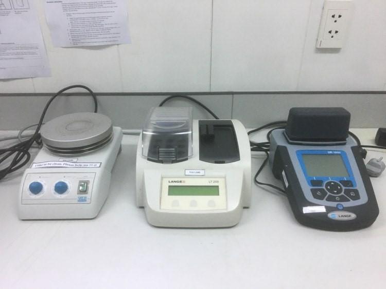 Hach Lange DR 1900 Portable Spectrophotometer Hach Lange LT200 Dry Thermostat Heating gnetic Stirrer